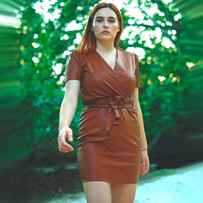 Δερμάτινο Φόρεμα Κρουαζέ