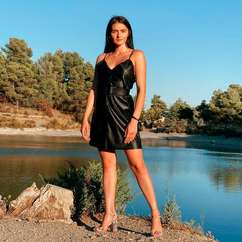 Δερμάτινο Φόρεμα με Τιράντα
